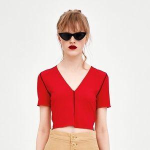 Zara Trafaluc Cropped Ribbed V-Neck Tee in Red